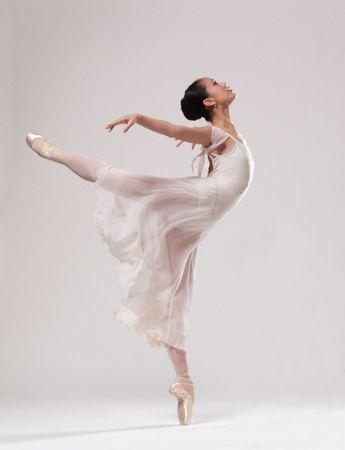 Mia Leimkuhler.     Oregon Ballet Theatre.   N.F.A.A. Winner