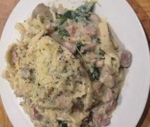 """""""Healthier"""" NO cream chicken & mushroom pasta carbonara"""