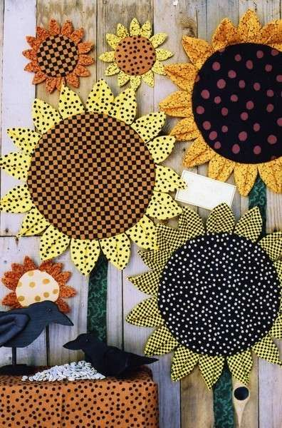 click here to view larger image of Sunflower Mats (PATTERNS)