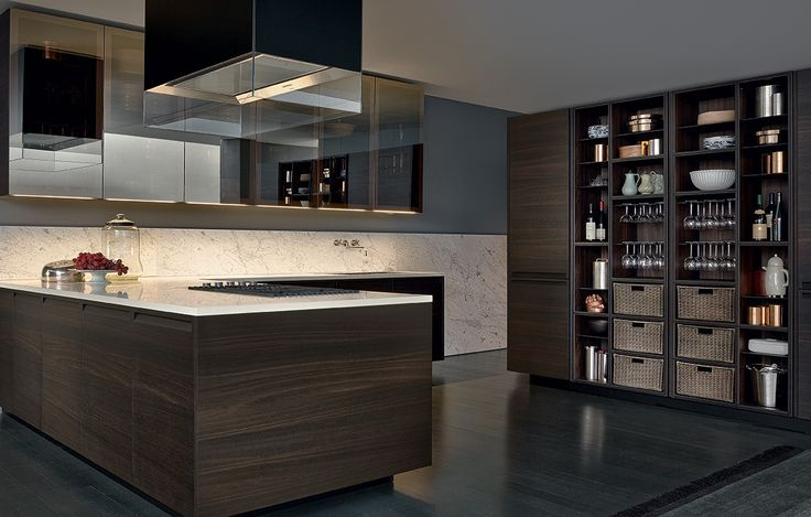 Varenna_Wall units PR19 with bronze painted aluminium frame and bronzed reflecting glass doors with integrated lighted handle profile. Varenna personalised hood Glass in black frosted glass.