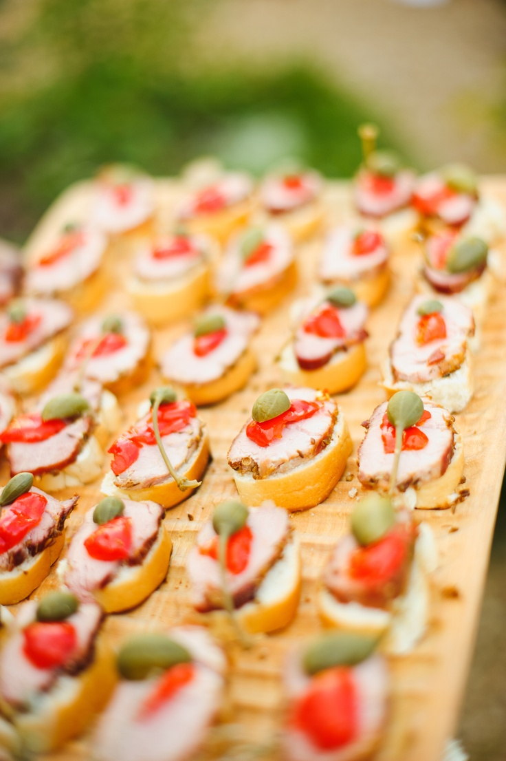 25 best ideas about wedding canapes on pinterest for Wedding canape alternatives