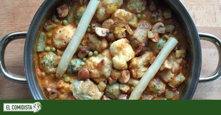 De Bilbao de toda la vida, la menestra puede ser un plato de mesas navideñas. 100% vegetal, es una opción perfecta para variar el menú y contentar a los amigos de lo verde. Eso sí, va con todo rebozado.