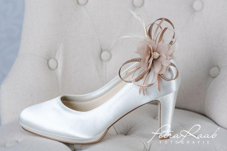 Schuhclips - Brautschuh-Clip mit Chiffonblüte braun,beige SC2 - ein Designerstück von Perle-Wismer bei DaWanda
