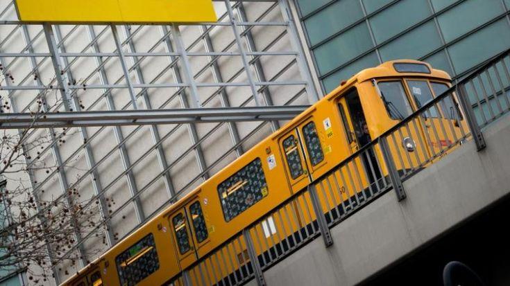 Mit dem Pferd im Zug und Wohnzimmer im Tunnel: Gibt es das wirklich? Wir sagen ja und haben 10 kuriose Berliner U-Bahn-Fakten für Sie.