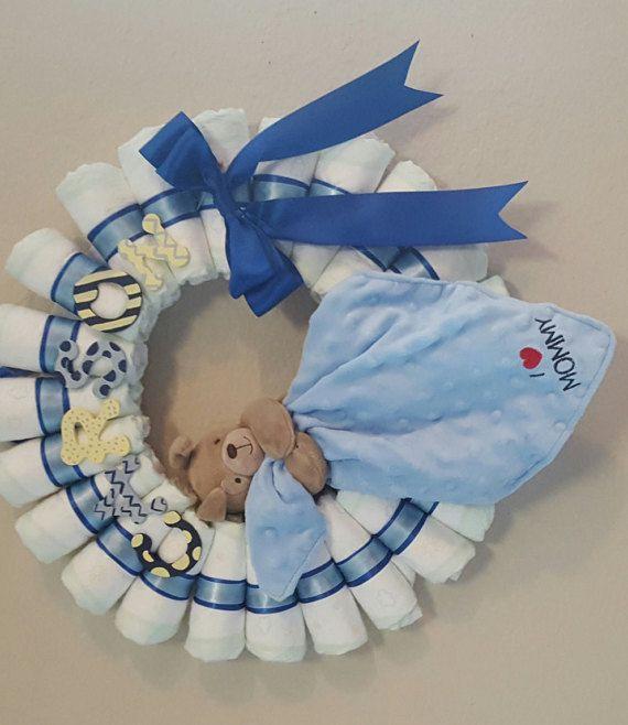 Corona di pannolino di CuddlesandKissesShop su Etsy