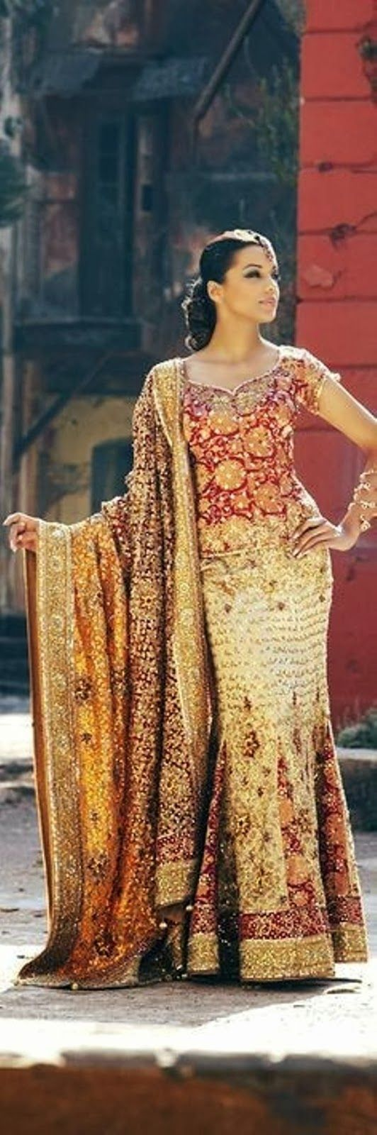 Nice Muslim Wedding Dresses Indian Wedding Dresses 2014 Especially Design for Girls and Women's... Check more at http://24myshop.ml/my-desires/muslim-wedding-dresses-indian-wedding-dresses-2014-especially-design-for-girls-and-womens/