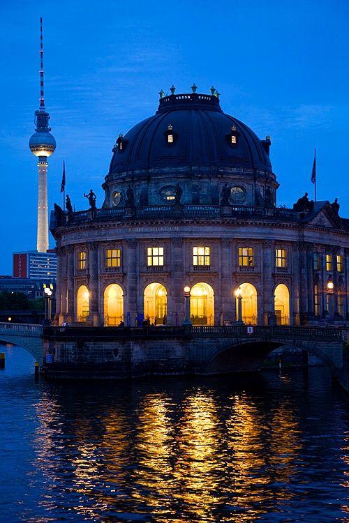 Museum Island, Berlin, Germany    Avoca Travels  http://www.avocatur.com…