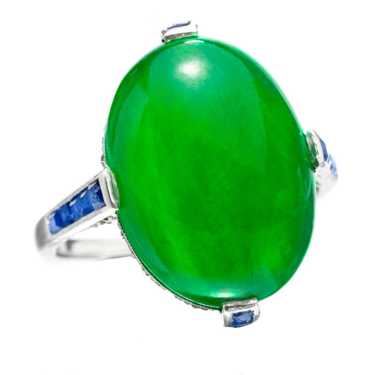Art Deco jade, sapphire and diamond ring, mounted in platinum. c.1925