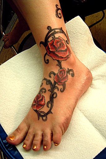 Foot Tattoos For Girls | Foot Tattoos For Girls With Beautiful Flower Design