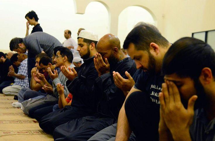La comunidad musulmana condena los atentados de París - http://www.absolutcastellon.com/la-comunidad-musulmana-condena-los-atentados-paris/