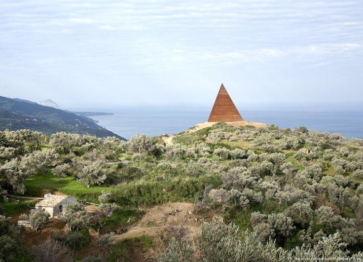 Piramide_a.jpg