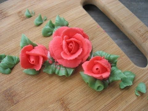 How to make Buttercream Roses and leaves