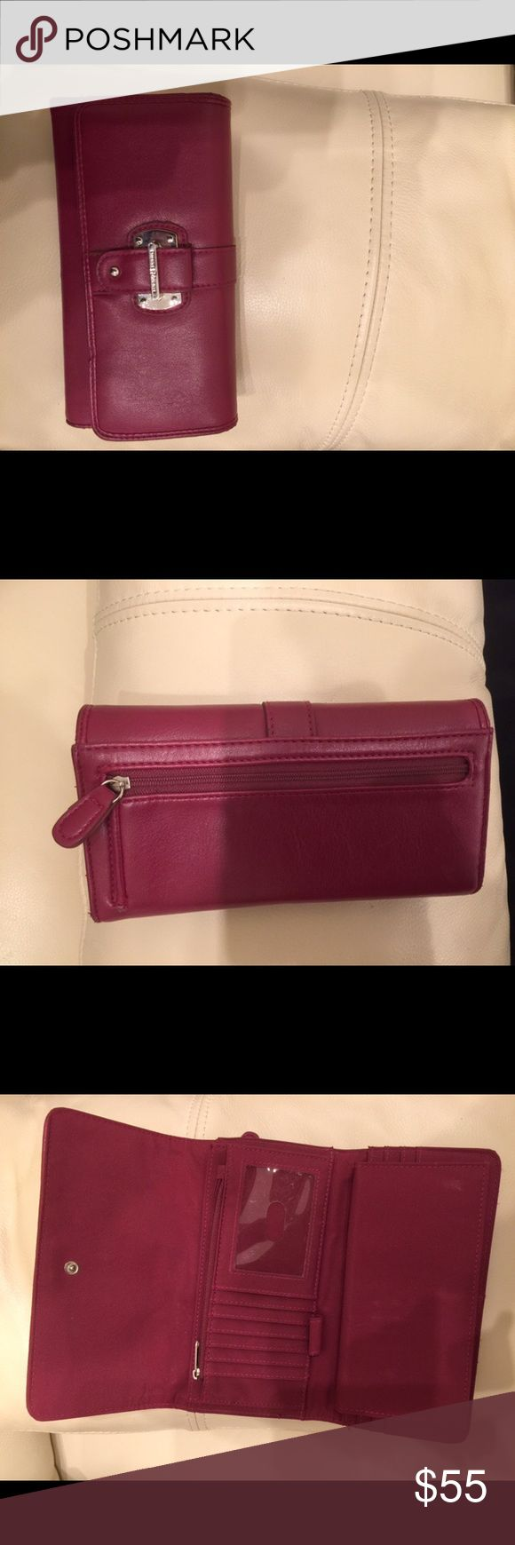 Etienne Aigner wallet Etienne Aigner wallet genuine leather burgundy color great condition Etienne Aigner Bags Wallets