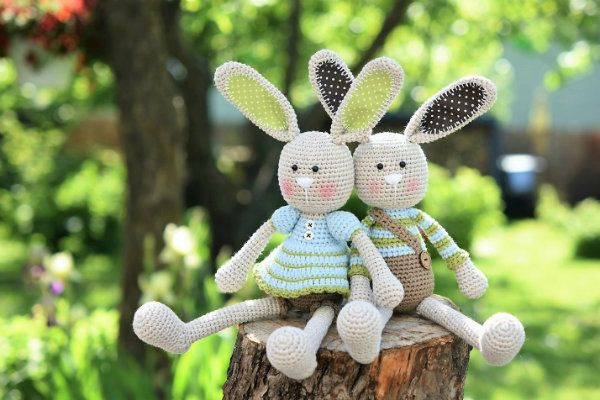 "Amigurumi bunny couple - Frilly-pants Bunny and Long-ear Rabbit  Available at lilleliis shop as well as in the book ""Magical Amigurumi Toys"" by Mari-Liis Lille and Amigurumipatterns.net"