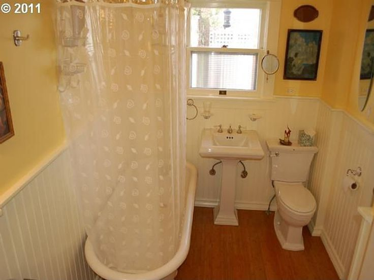 25 Best Images About Bungalow Bathrooms On Pinterest Small Bungalow Bathroom Ideas And