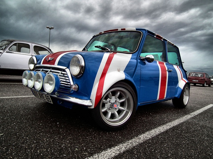 191 best Real Minis! images on Pinterest | Classic mini ...