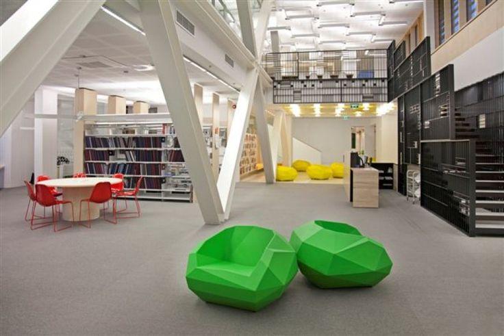 Вот так может выглядеть городская библиотека (кресла SIXINCH Rocking Chair) #design #idea #libraryg
