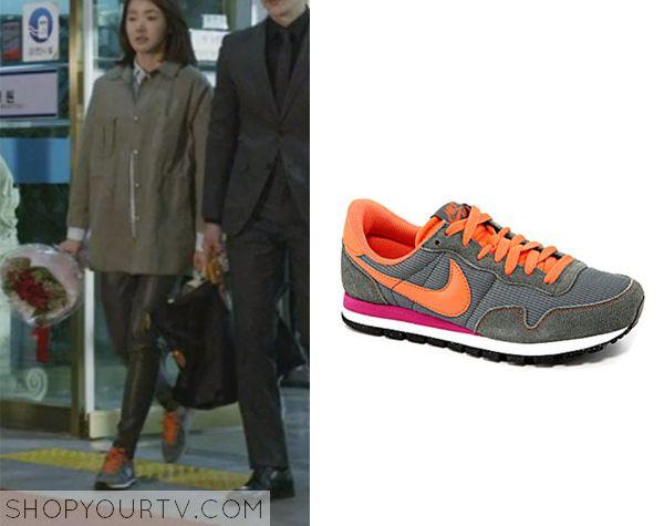 Golden Cross: Episode 9 Seo Yi Re's Gray and Orange Nike Shoes - ShopYourTv