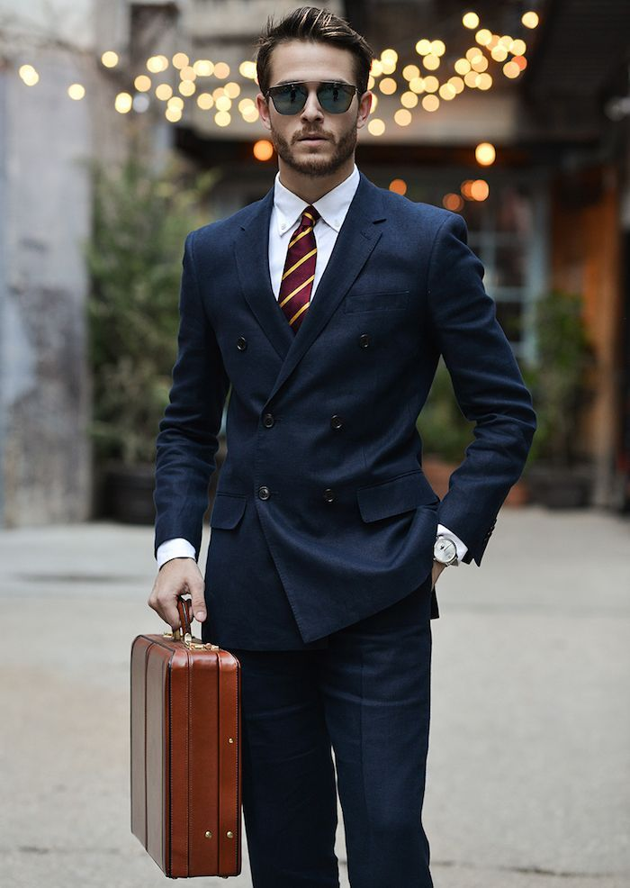 costume bleu marine costard nuit homme cravate rayée  Menssuits ... 7ac25f82955
