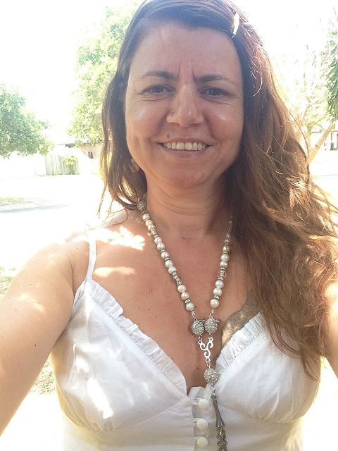 I was out shopping (grocery shopping at that!) and a lady stopped me in the medication isle to compliment me on my jewellery! I love it when that happens and you know I'm always surprised when it does. So of course I told her all about Attraxionz and I demonstrated the many different ways that this particular necklace can be worn! She was very impressed. See ya! Kass