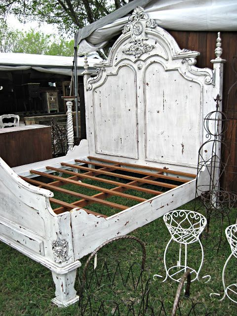 This bed!!  What a terrific find.  I'd sooo love to have this.  http://curious-boys.blogspot.com/