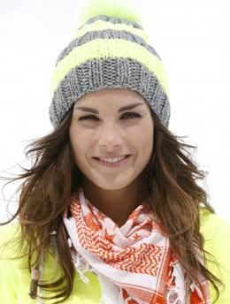 Free My Mountain Pattern Whistler Mountain: Alternating wide stripes makes this ribbed hat in Schachenmayr Boston an easy knit. Choose your favorite colors - great for team sports!