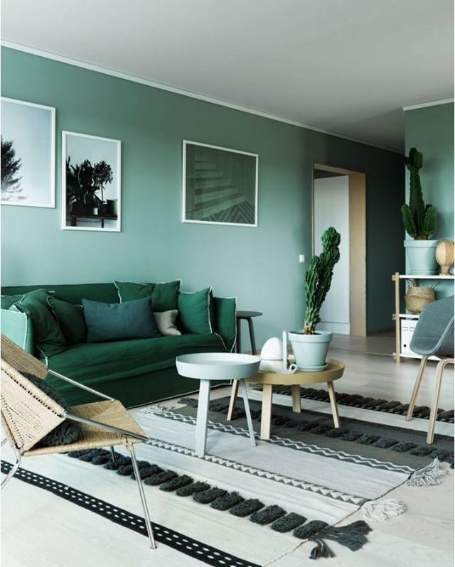 """Весна - отличный повод впустить в интерьер зеленый цвет"""" #inspiration #enjoy_home #дизайнгостиной"""