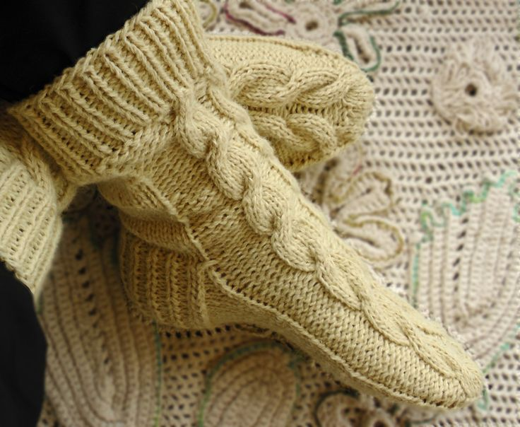 Hand knit pure wool men socks, Large cable socks, White men's socks, Men's home socks by GrandmasOldBox on Etsy