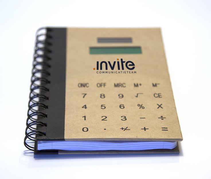 Notitieboekje met rekenmachine