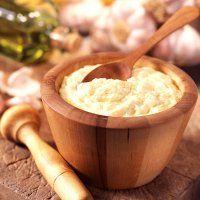 AIOLI (ou ayoli) (ail, jaunes d'oeufs, huile d'olive fruitée) - Avec maquereaux, Sardine, Haricots verts, Morue, Pommes de terre, Choux fleurs…