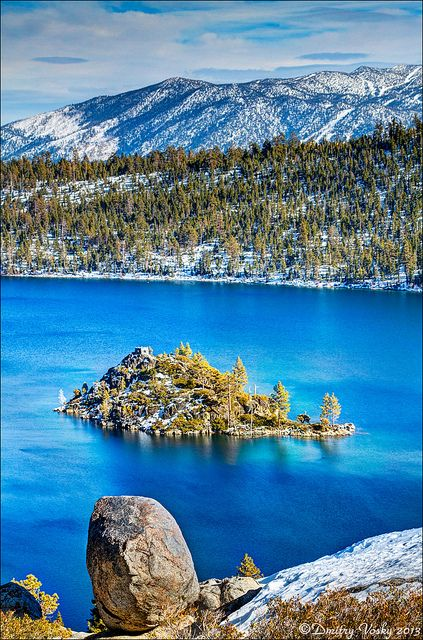 Fannette Island, Emerald Bay, Lake Tahoe; photo by Strange Quark