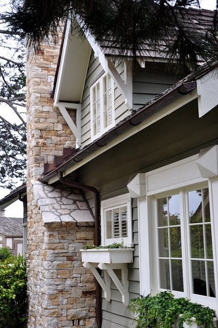 LOVE the huge brackets....would I have to cut the siding to do this?
