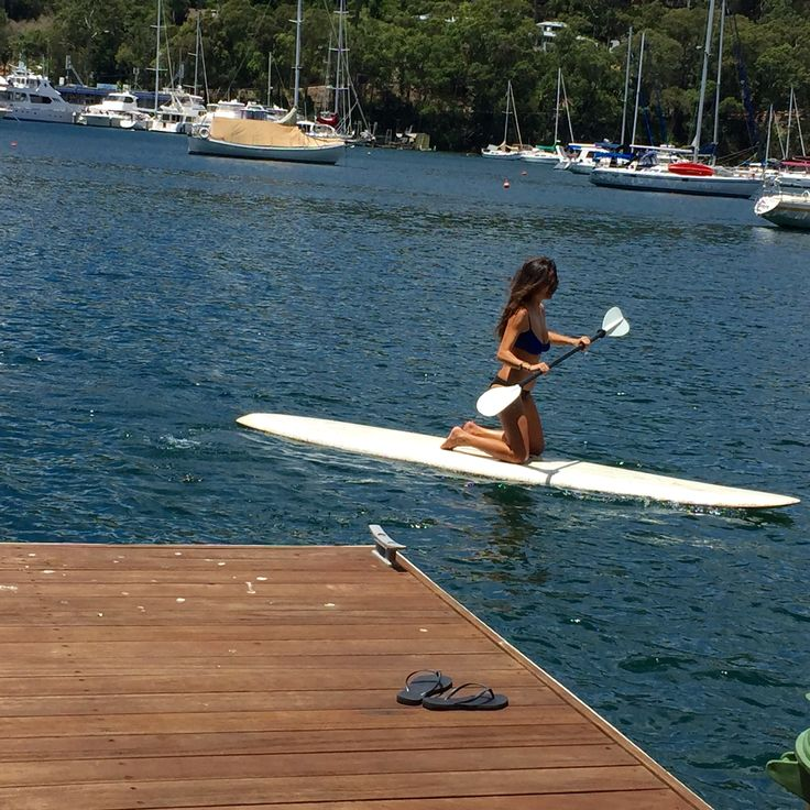 Paddling the #pittwater @tidesreachpittwater #airbnb https://www.airbnb.com.au/rooms/15638612
