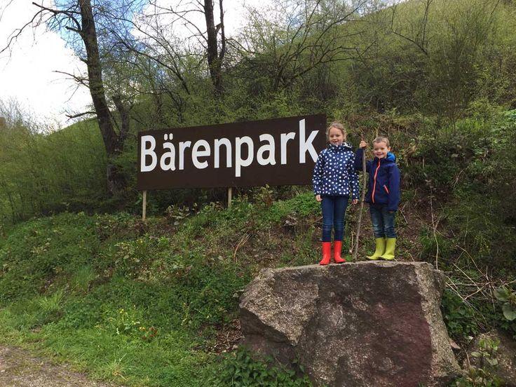 Een bezoek aan het wolven- en berenpark in het Zwarte Woud is een bijzonder uitje voor het hele gezin. Neem ook zeker tijd voor de leuke speeltuin.