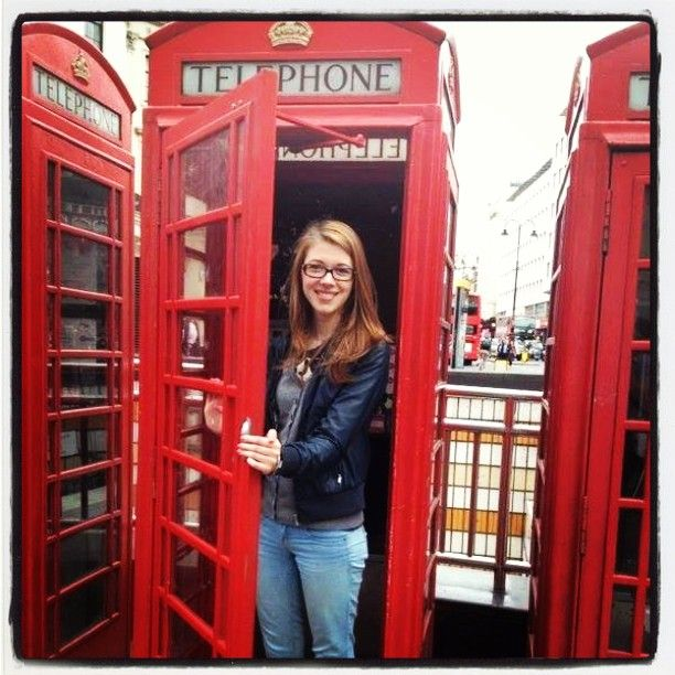 #Londra #London #fun #red #rosso #cabinatelefonica #telephone #aspassoperlondra #festeggiamolelauree