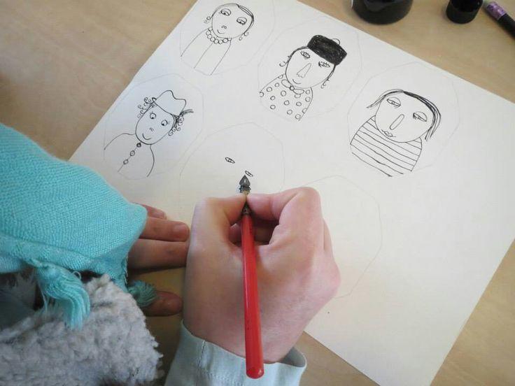 Eva Luijkx aan het werk voor onze Atelier DeLuxe kunst-lijn. www.atelierdeluxe.nl www.evaluijkx.com