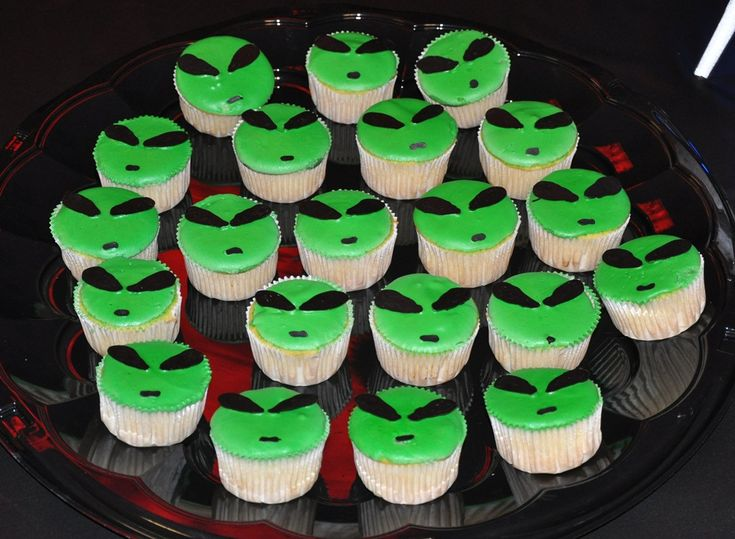 Easy Alien Cupcakes - eyes and mouth are chocolate (blog link would not pin)
