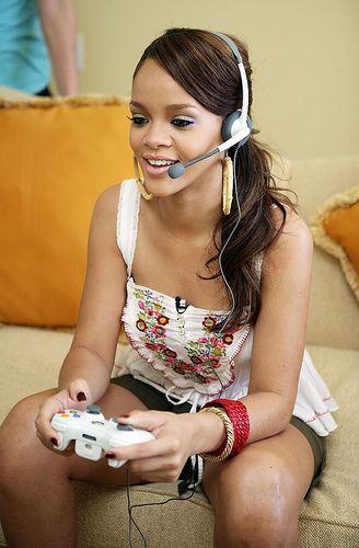 "nice Rihanna ""Game With Fame"" on Xbox Live"