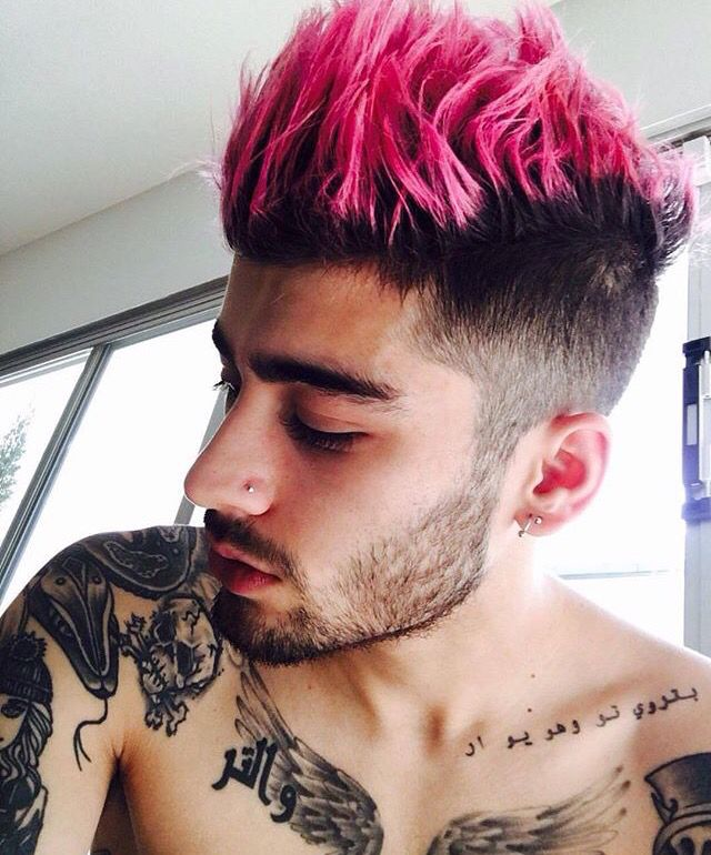 Love the pink hair!