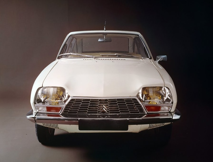 Citroën Gs - Had a white one 1972 model for a while - fun with the hydropneumatic suspension - my buddies was deeply impressed - although we never really understood the point