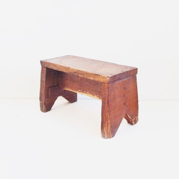 Small wooden stool / Deer In The Mountains