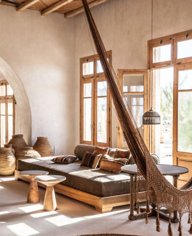 Un retiro tranquilo, lleno de serenidad...un estilo mediterráneo con un toque marroquí mezcla de encanto rústico y lujo: SCORPIOS MYKONOS ....