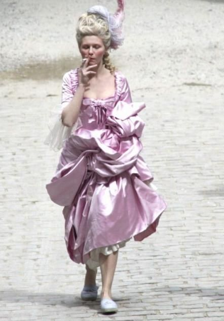 "Kirsten Dunst, Marie Antoinette backstage ""smoke break""."