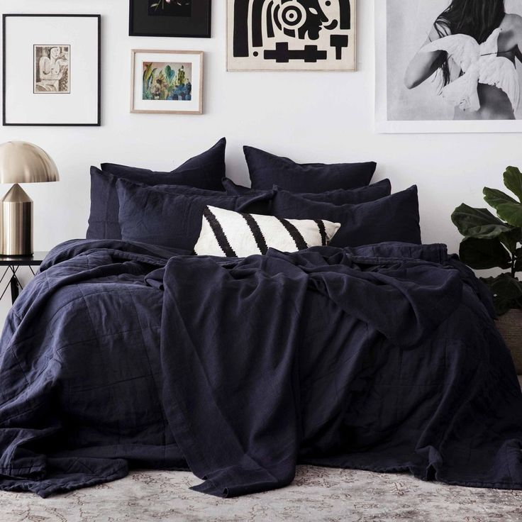 • PRE-ORDER • Cultiver Linen Quilted Bed Cover