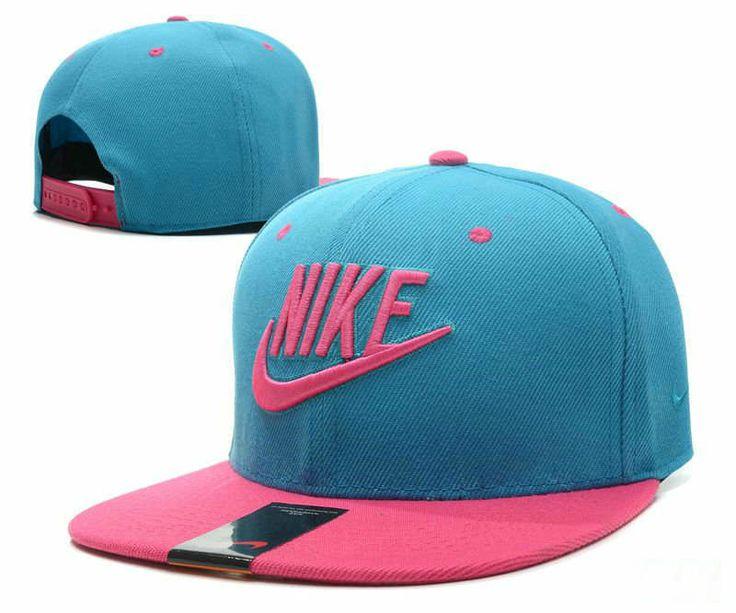 ���֧�ܧ� Snapback Nike �� ����ާ�� �ܧ�٧���ܧ��