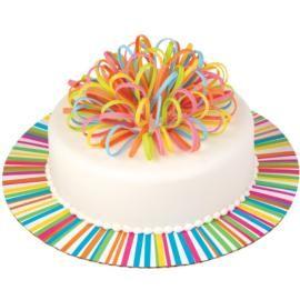 Ribbon Colorburst Cake, Zou ik dit ook kunnen maken met een kant en klaar strik van de xenos? Haal je die eraf als je de taart aansnijdt...