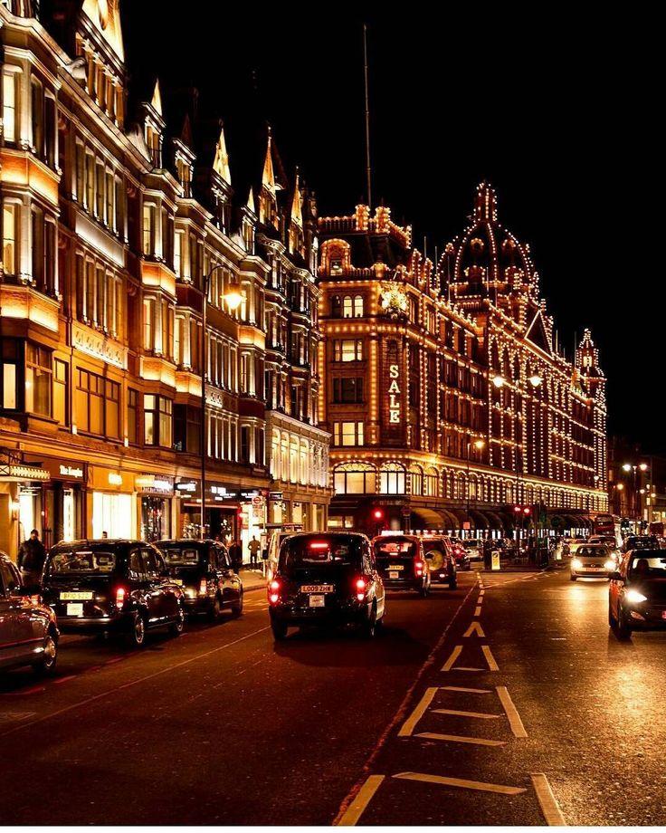 Harrods, Knightsbridge, Westminster