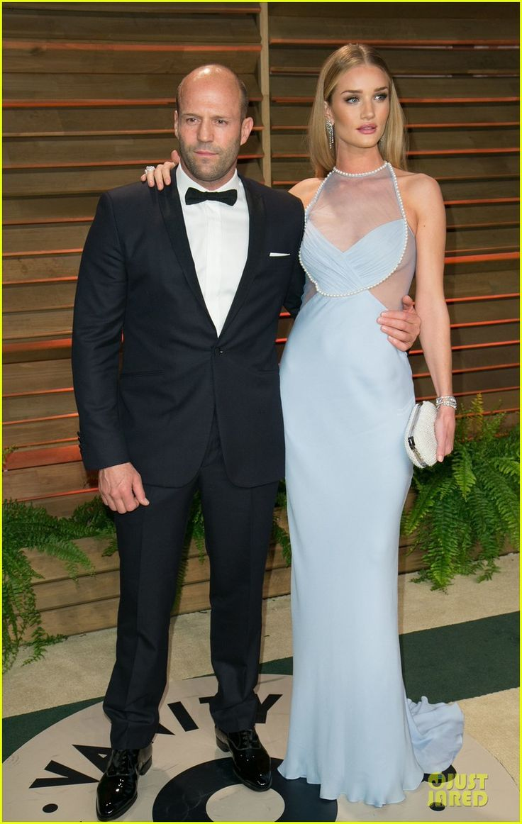 Rosie Huntington-Whiteley Sheers It Up at Vanity Fair Oscars Party 2014 with Jason Statham! Rosie is wearing a Cushnie Et Ochs dress, Christian Louboutin shoes, Aldo bag, and Chanel jewels.