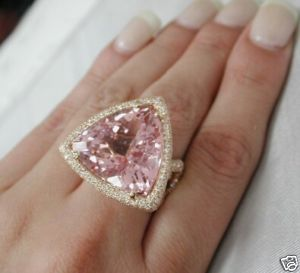 rose gold and morganite rock~~  LOVE