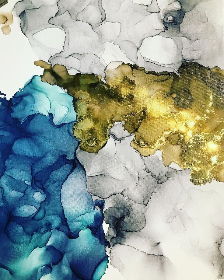 A rainy Sunday with nowhere to go really helped me make lots of progress on these layers this weekend. Hoping to finish these this week or at least by next weekend. Wishing you all a good Monday! . . #alcoholink #artflowsessions #fluidart #interiordecor #moderndecor #aicommunity #decoratewithart #dwell #mywestelm #rangerink #copicink #pinatainks #passioncolorjoy #creativelifehappylife #carveoutimeforart #createeveryday #wip #workinprogress